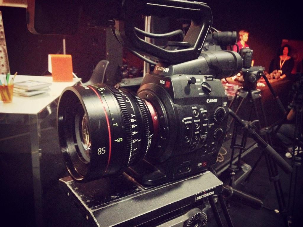 Canon Cn E 85mm T1 3 Checked Some Canon Cn E Lenses Today Flickr