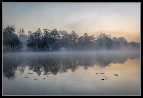 duncanlawler dawn sunrise mist lake hampshire uk southwickuk southwicklake trees water earlymorning
