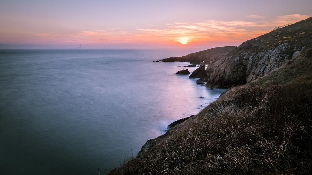 Sunset in Howth Cliff path - Dublin, Ireland - Seascape ph… | Flickr