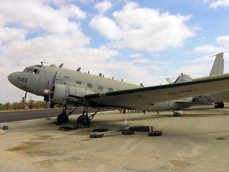 C-47B Dakota (1)