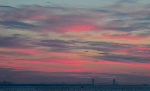 morning pink sky cloud color weather night sunrise outside dawn early skies nuvola cloudy outdoor cielo nuvem nube sunup wolk pilv
