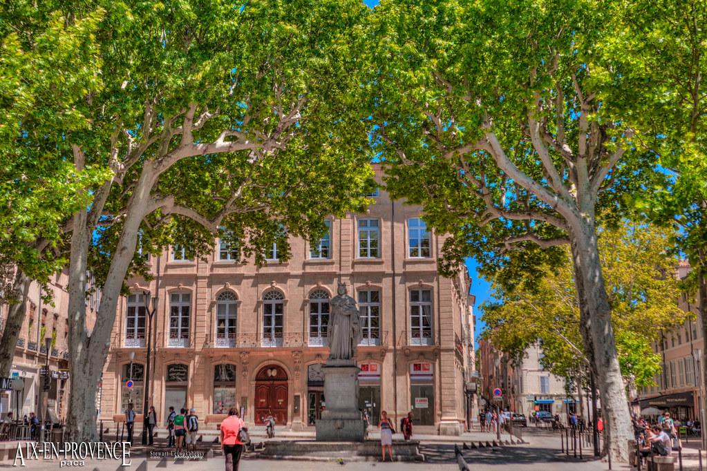 France, Bouches du Rhone, Aix en Provence, Cours Mirabeau
