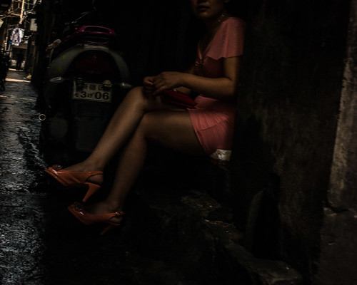 Shanghai, Prostitutes in back alleys | by Sunset Noir