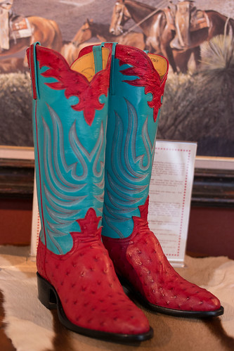 LM Easterling Boot Company - Ostrich Boots | by nan palmero
