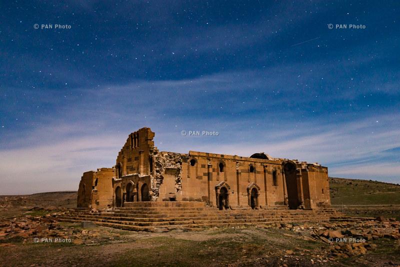 Yererouk Basilica (Anipemza village, Shirak Province, Arme… | Flickr