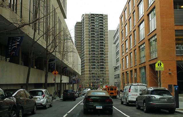 Manhattan-Street2_--