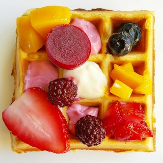 Crunchy and fluffy belgian waffles. Square presentation with fruit and yoghurt | by michtsang