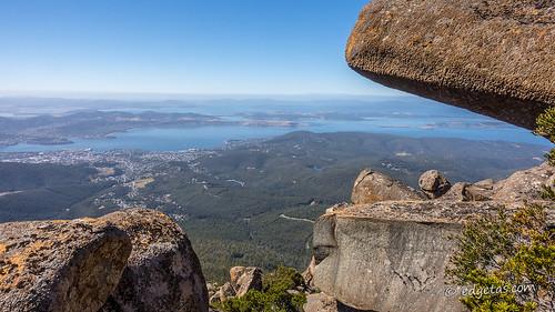 hobartmtwellingtontasmaniaaustralia kunanyi boulders view pano flickr explore explored