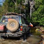Paisajes hermosos fueron nuestros acompañantes en la ruta a San Juan De Manapiare en el Edo. Amazonas, aquí la Toyota Burbuja en un paso de río, es la primera en su modelo en culminar con éxito la travesía :astonished::muscle::wink::clap::thumbsup::punch: