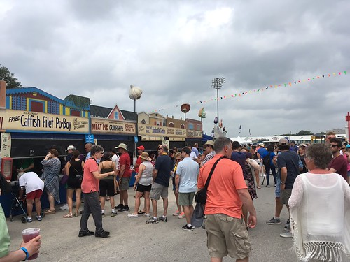Lunchtime at Day 1 of Jazz Fest - April 28, 2017