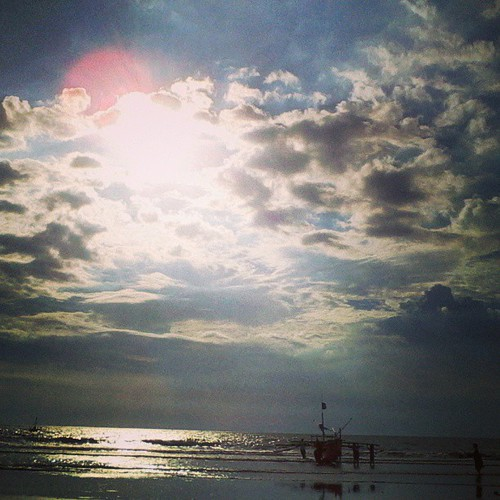 blue sunset shadow sea sky sun water silhouette kids clouds square boat tide low shore squareformat lowtide iphoneography instagram instagramapp uploaded:by=instagram foursquare:venue=515f9961498e5d9d9a09b076