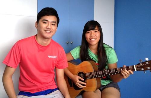 Guitar lessons Singapore Shu Feng