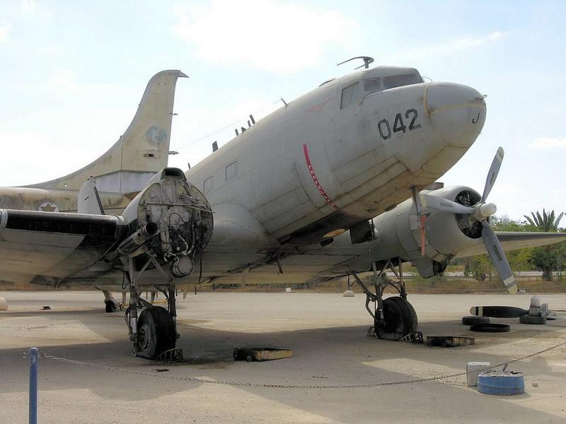 C-47B Dakota (4)
