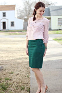 green-skirt-pink-shirt6 | by thecreamtomycoffee