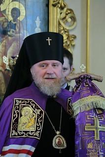 Литургия в Покровском соборе 397