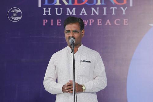 Satish Mengshetti from Latur, expresses his views