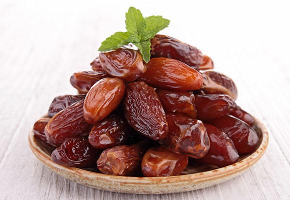 Manfaat Kurma Dalam Al-Quran Hadits dan Cara Mendapatkan Kurma terbaik dan tinggi nutrisi