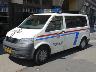 """Luxembourg: Volkswagen Transporter """"Police"""" 