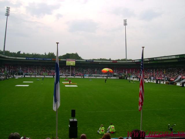 2007-07-16 Startbewijs op halen en vlaggen parade. (40)