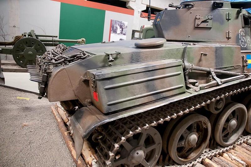 Stridsvagn m-38 1