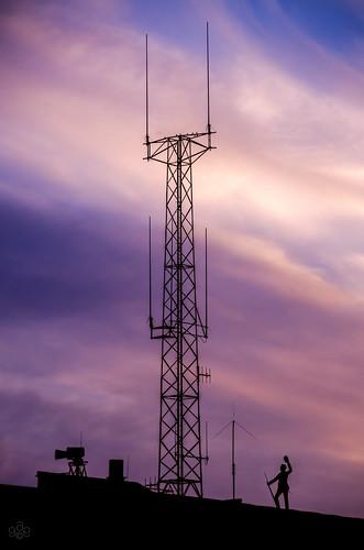 sunset ohio rooftop silhouette statue composition fav50 hamilton fav20 microwave fav30 roofline antenna goldenhour anomaly fav10 fav40 fav60 hornantenna fav70