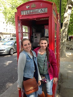 20 YHC fine arts students (and some fantastic faculty and staff) recently toured London's theatres and other neat sites.