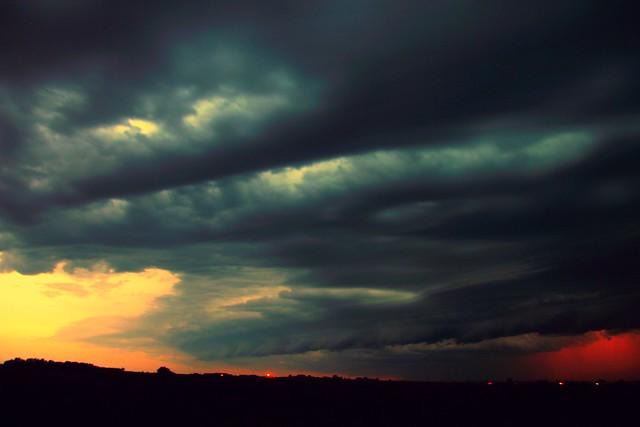 062014 -  There Be a Storm a Brewin in Nebraska