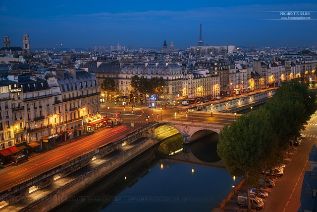 Place Saint-Michel, Paris