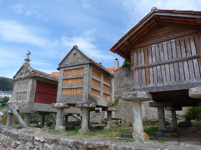 Hórreos en Combarro (Galicia)