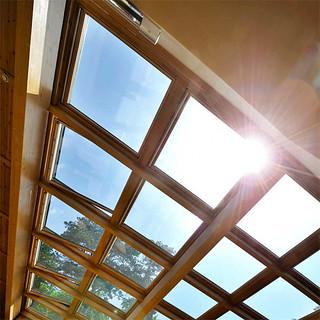 Mesés fa ablakot szeretne tetőterébe?