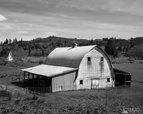 blackandwhite usa monochrome barn rural landscape washington unitedstates northwest farm farming pacificnorthwest northamerica rosburg wahkiakumcounty