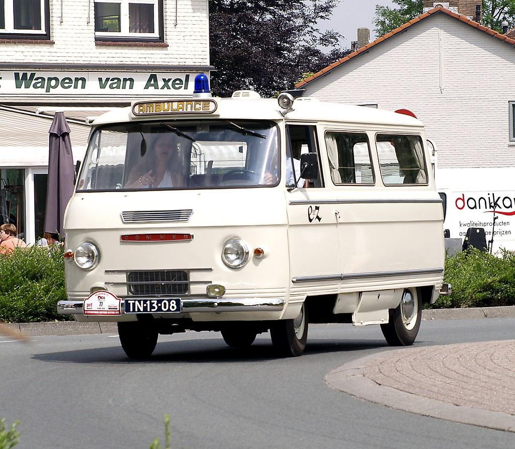 1962 Commer Ambulance, Oldtimer Festival in Axel ( Zeeuws Vlaanderen )