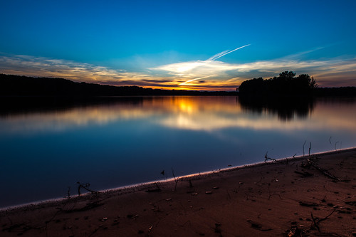 sunset lake beach water nikon long exposure dam tripod 28 manfrotto d4 2470 shenango 055xprob scarmackphotography
