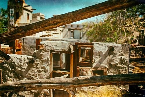 california wood usa fence nikon branch desert d200 hdr deserthotsprings riversidecounty cabots cabotspueblomuseum fencedfriday hbmike2000