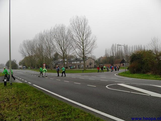17-11-2012 Wassenaar 25.8 Km (16)