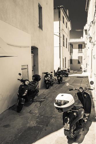 Saint Tropez   by A. v. Z.