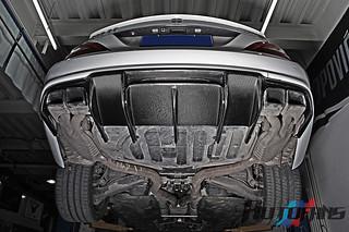 CNAUTOFANS W218 CLS63 AMG RENNTECH carbon fiber rear diffu