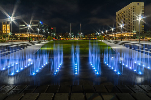 The new Victoria Square fountain. | by jtan163