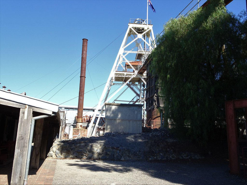 Bendigo  Poppet head of the Central Deborah gold mine  | Flickr