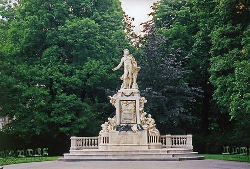 Statue Mozart Vienna | by Atelier Teee