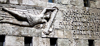 angel of fascism, piazza augusto imperatore | by antmoose