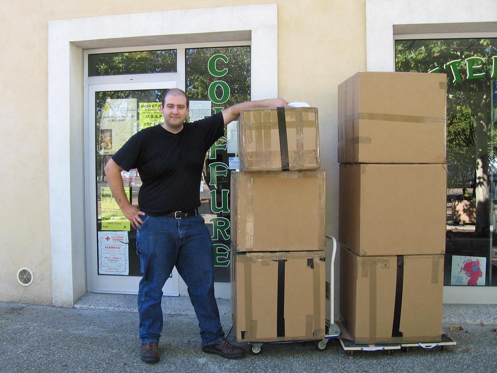 moi et 132 kilos de marchandises