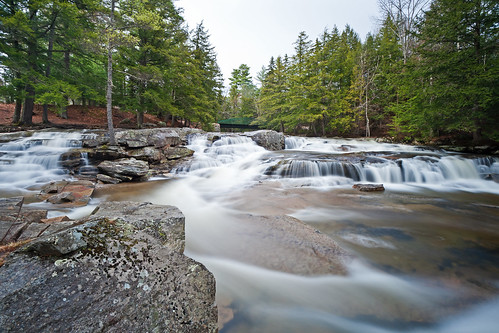 travel usa nature water rock stone america forest river nikon long exposure unitedstates newengland newhampshire whitemountains nh jackson national nd amerika fluss discovery uwe eastcoast reise langzeitbelichtung 1635 neuengland travelphotography ostküste 3nd stateforest 1000x d700 sirui werling flickrtravelaward
