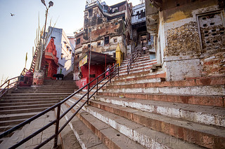 DSC05010 - Stairs Street near the Ghats of Varanasi (India) | by loupiote (Old Skool) pro