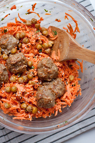 Carrot Salad with Tahini Dressing, Crisped Chickpeas and Sesame-Spiced Baked Turkey Meatballs | by Smells Like Home