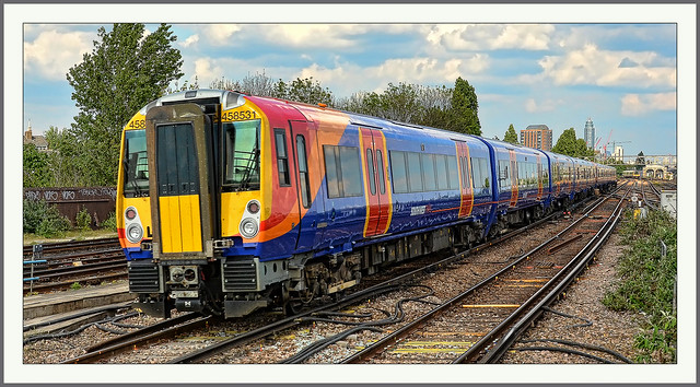 2014-04-30 wednesday clapham junction london uk 458534front & 458531rear new to SWT rebuilt from ex gatwick express class 460s