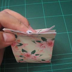 การพับกระดาษเป้นถุงของขวัญแบบไม่ใช้กาว (Origami Gift Bag) 012