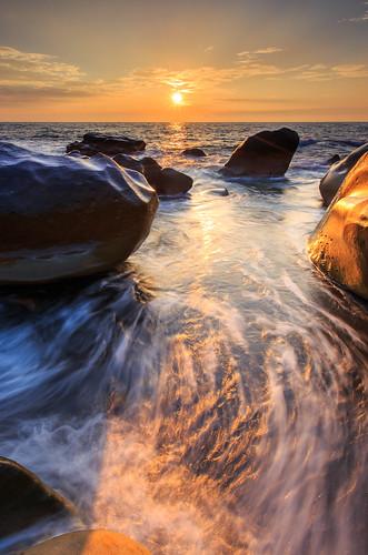 枋山鄉 屏東縣 台灣 456k 6d ef1635mm sky sunset sun taiwan 浪 海浪 海岸 日落 夕陽 星芒 cloud