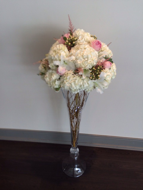 Wedding centerpiece by Farah florist