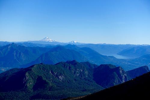 "chile villarrica pucon lago laguna lake volcan volcano ""volcan villarrica"" december 2016 ""december 2016"" south america ""south america"" ""los lagos"" ruta hiking hike trekking trek araucania snow"